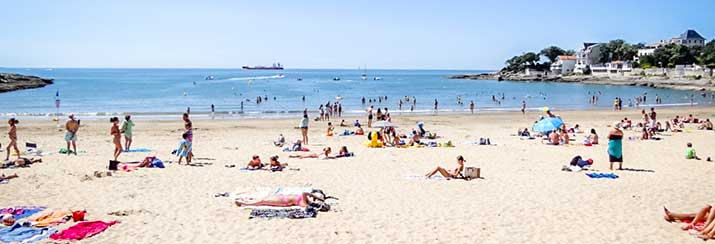 Détente sur les plage de Saint Palais sur mer